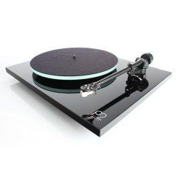 Gramofon Rega Planar 2